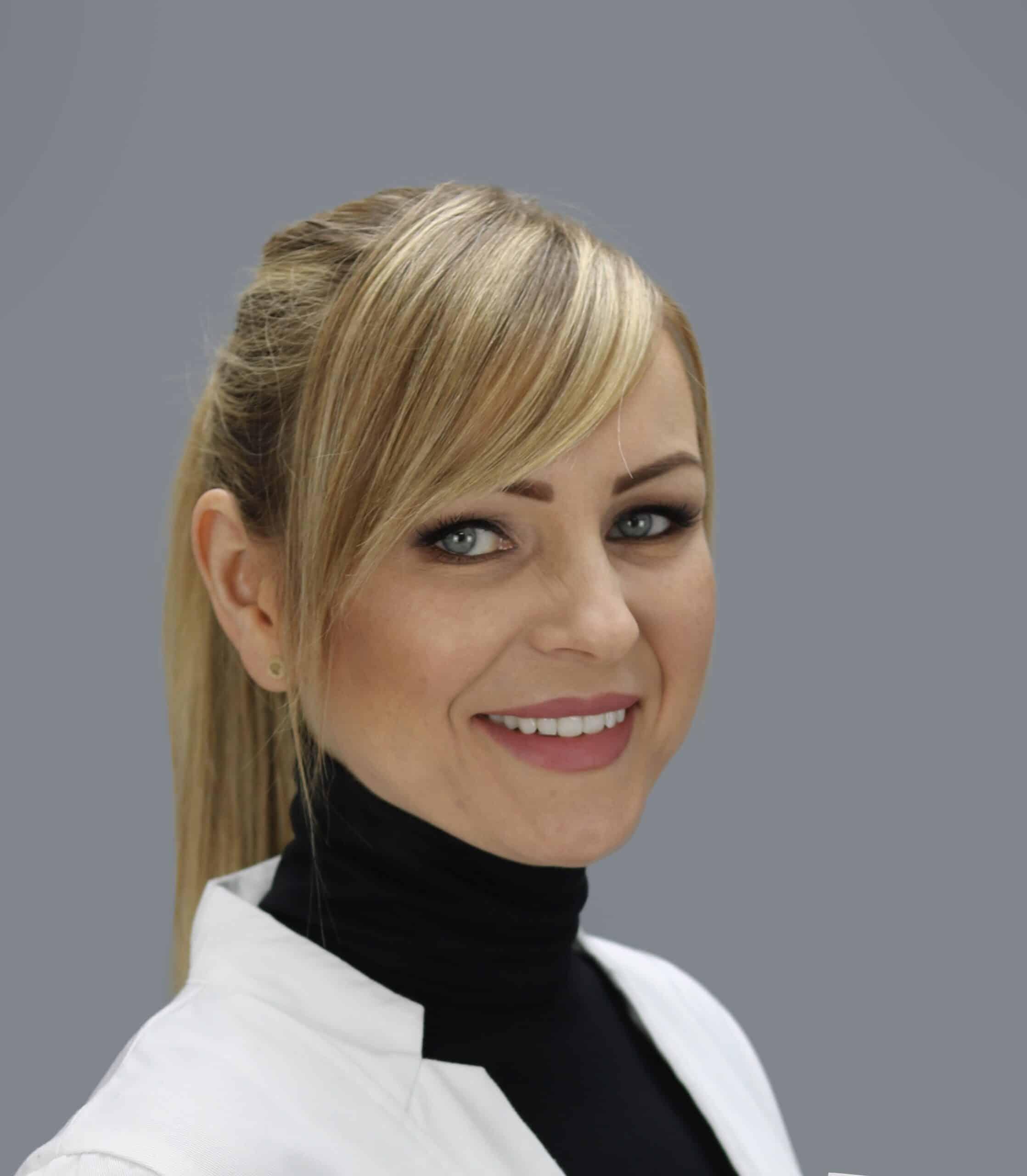 Dr Kamila Szuberska - stomatolog UK