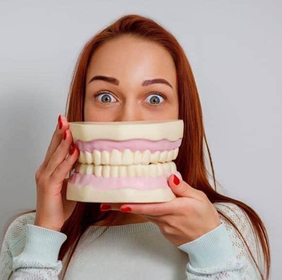 Protezy zębowe w UK – rodzaje i ceny